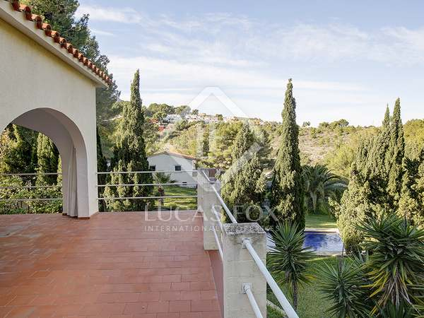 430m² House / Villa with 2,900m² garden for sale in Dénia