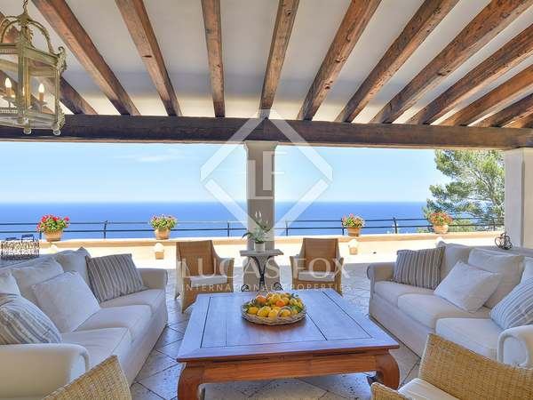 Casa / Villa di 1,000m² in vendita a North West Mallorca
