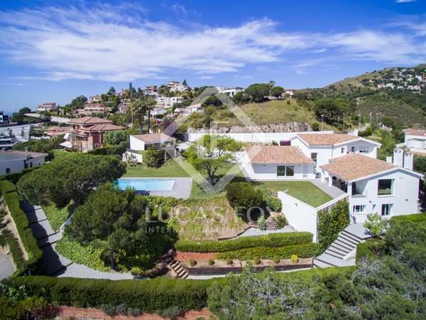 Casa / Vil·la de 720m² en venda a Alella, Maresme