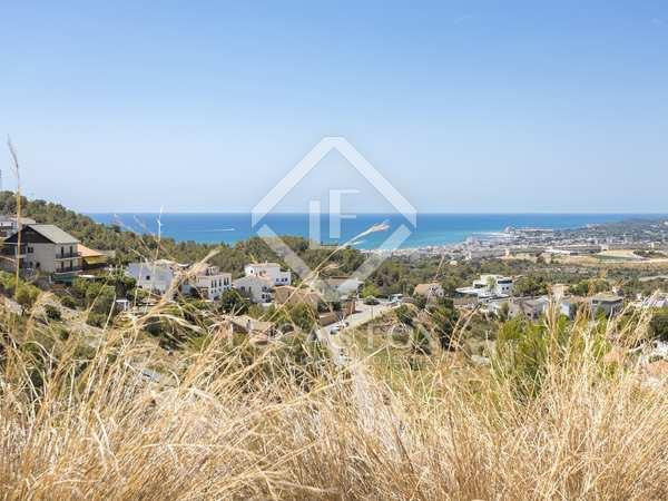 Perceel van 600m² te koop in Levantina, Barcelona