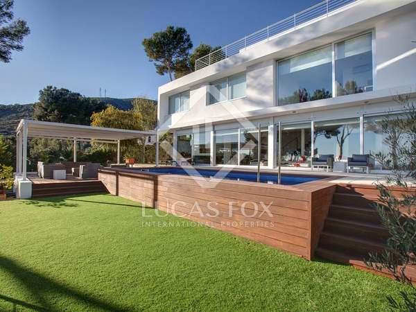 Gran vivienda en venta en las colinas de Castelldefels