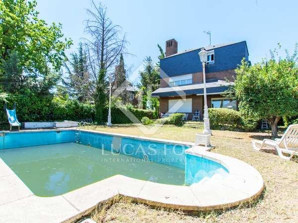 Huis / Villa van 393m² te koop in Pozuelo, Madrid