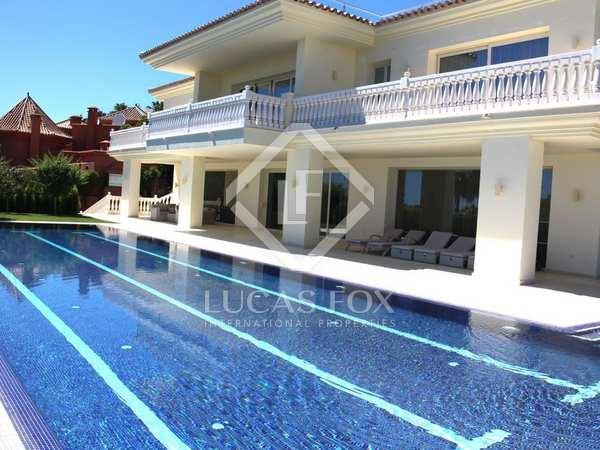 Huis / Villa van 1,845m² te koop met 2,100m² Tuin in Golden Mile
