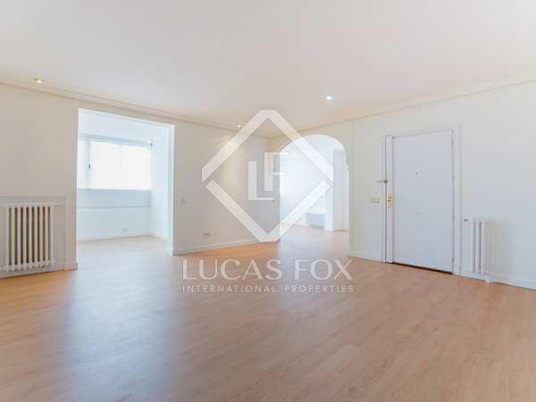 170 m² apartment for rent in Almagro, Madrid