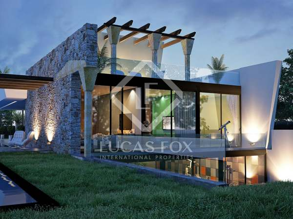 Very modern 4-bedroom villa for sale in Nueva Andalucia