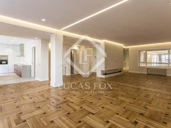 274 m² apartment for sale in Recoletos, Madrid