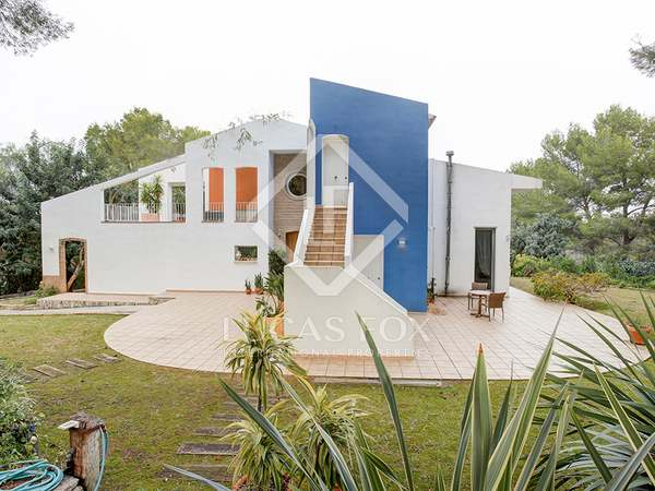 408 m² house for sale in Denia, Costa Blanca