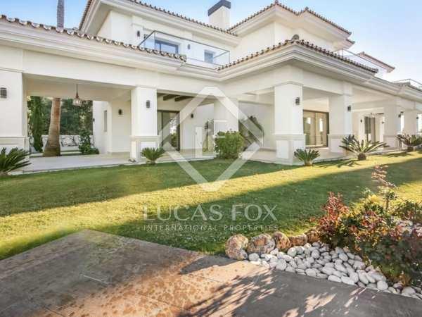 huis / villa van 1,200m² te koop met 1,600m² Tuin in Golden Mile