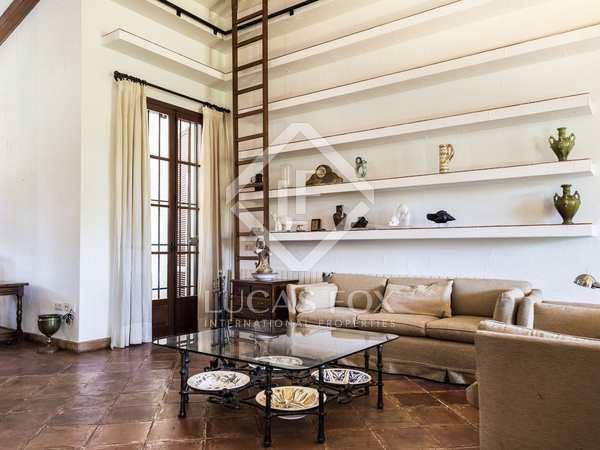 560m² House / Villa with 2,500m² garden for rent in Godella / Rocafort