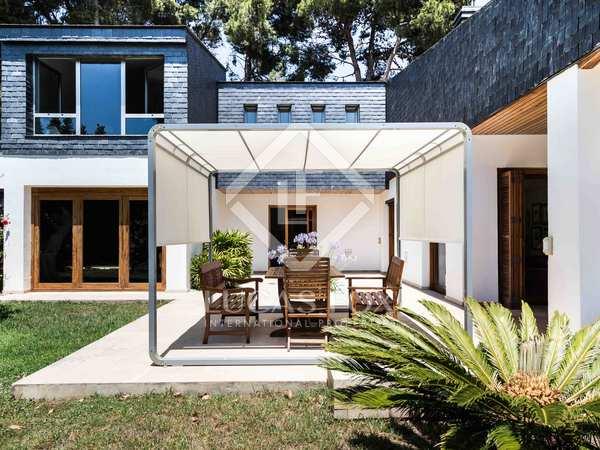 Renovated villa for sale in Santa Barbara, Valencia