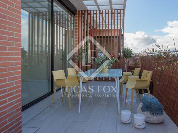 276 m² apartment with 100 m² terrace for sale in Castellana