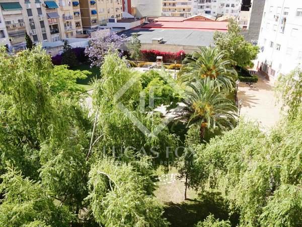 Apartamento de 5 dormitorios en venta en Pla del Real