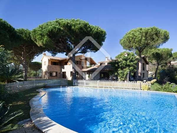 Propriété de luxe en vente à Roccaferra sur la côte du Maresme