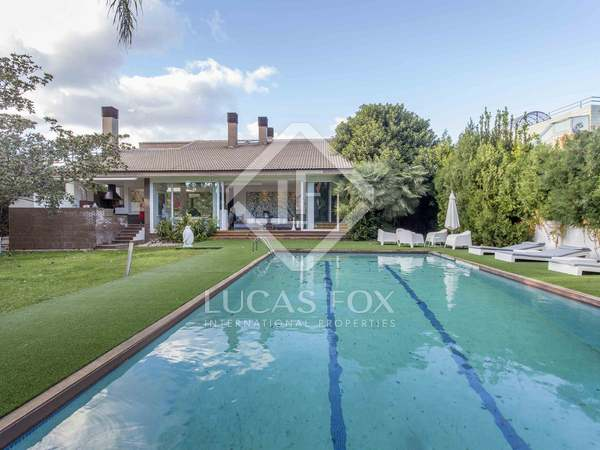 472m² House / Villa for sale in Godella / Rocafort