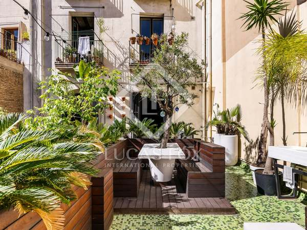 95 m² apartment with 32 m² terrace for sale in Gótico