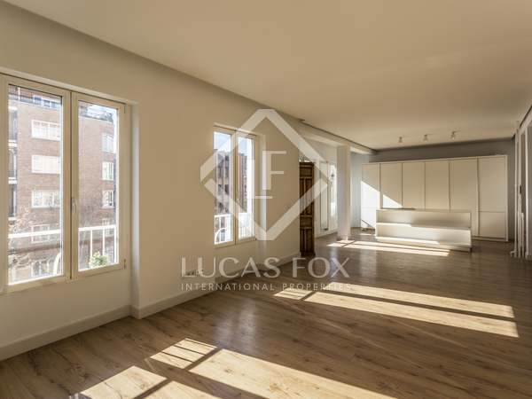 218 m² apartment for sale in Moncloa/Argüelles, Madrid