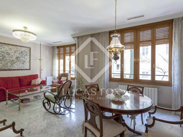 156m² Apartment with 7m² terrace for sale in Gran Vía
