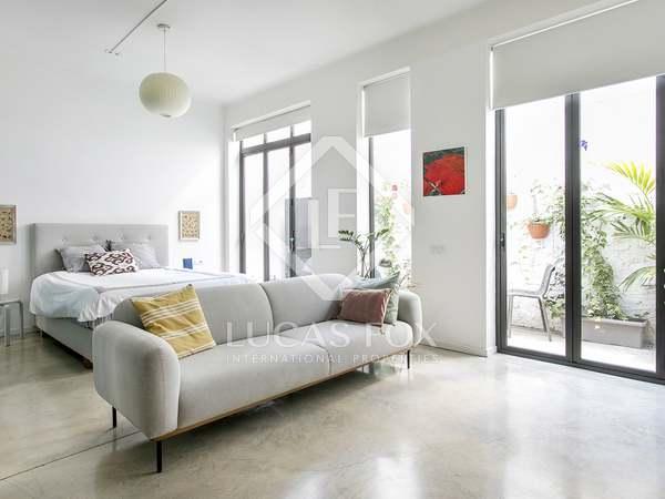 Loft de 100m² con terraza de 9m² en alquiler en Poble-sec