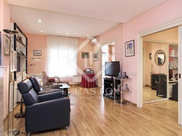 Apartamento de 5 dormitorios en venta en Galvany, Barcelona