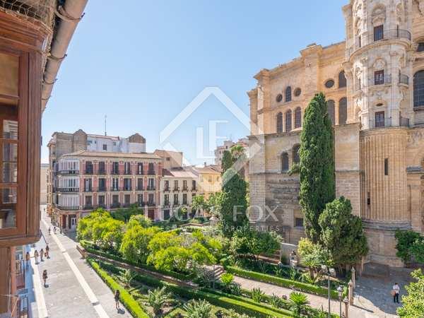 308m² Apartment for sale in Centro / Malagueta, Málaga