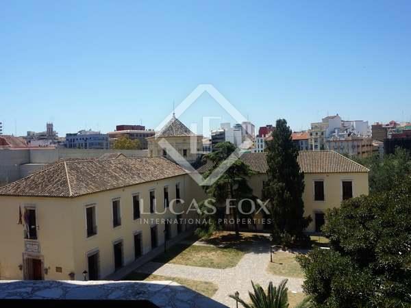 208m² Apartment for rent in El Pilar, Valencia