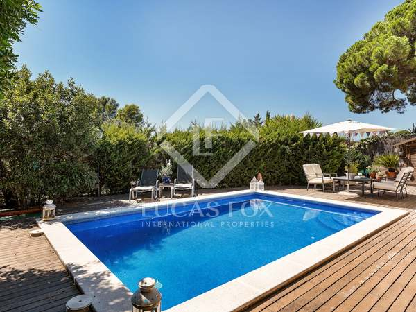 192 m² villa with 535 m² garden for sale in Sant Cugat