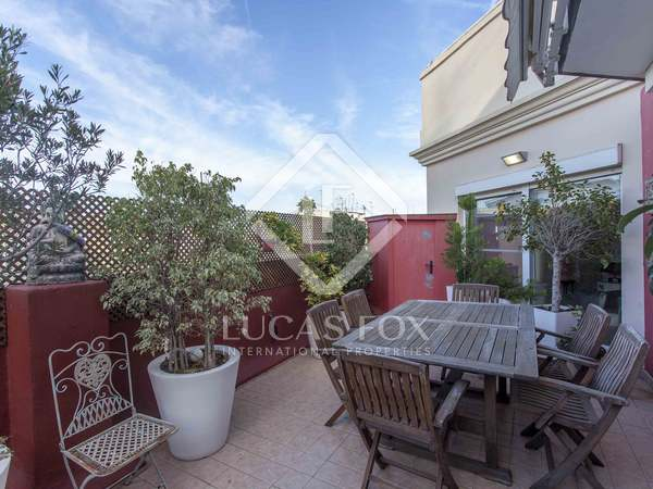 110m² Penthouse with 35m² terrace for sale in Ruzafa