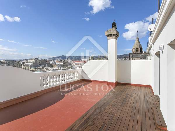 104 m² penthouse with 2 terraces for rent in Eixample Left