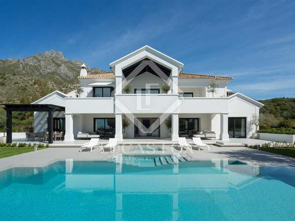 1,224m² House / Villa with 187m² terrace for sale in Sierra Blanca / Nagüeles
