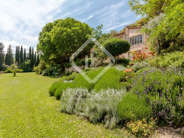 659 m² country house for sale in Girona