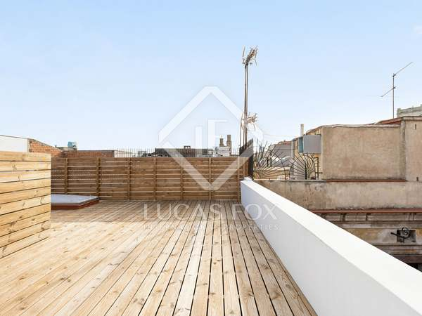 44m² Penthouse with 45m² terrace for sale in El Born