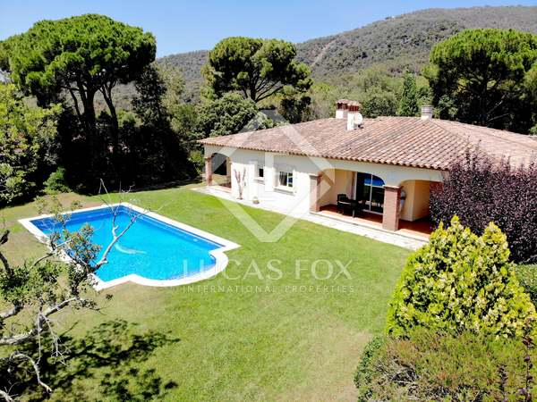 268m² House / Villa for sale in Santa Cristina, Costa Brava