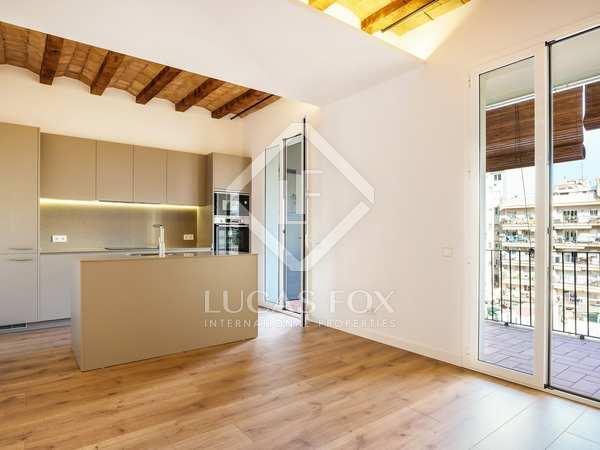 96m² Apartment for sale in Sant Antoni, Barcelona
