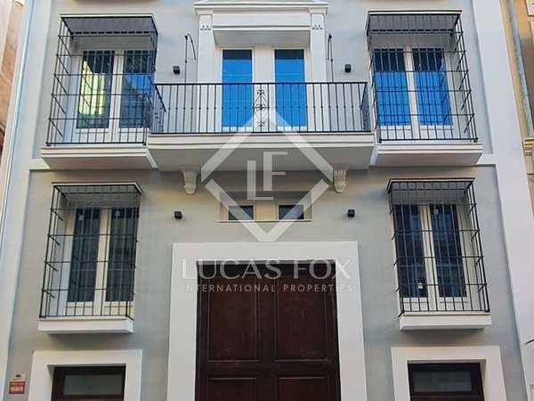682m² Hotel for sale in Centro / Malagueta, Málaga