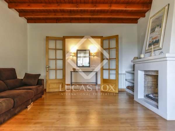 Maison / Villa de 209m² a vendre à Vilanova i la Geltrú