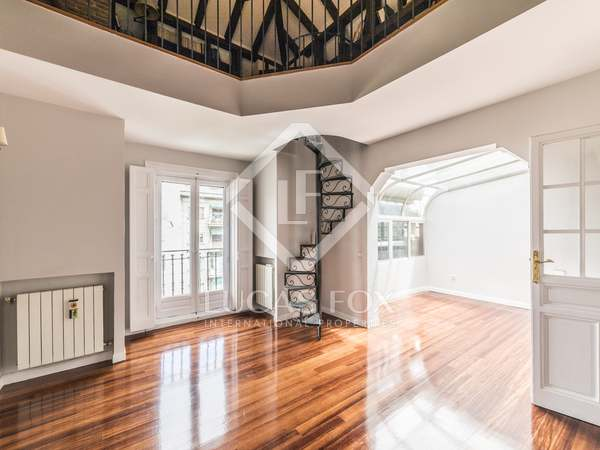 Penthouse van 130m² te huur in Goya, Madrid