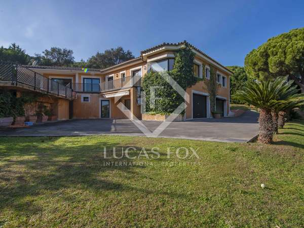 561m² House / Villa for sale in Santa Cristina, Costa Brava