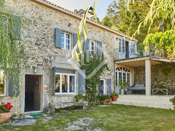 780m² Hotel for sale in Pontevedra, Galicia