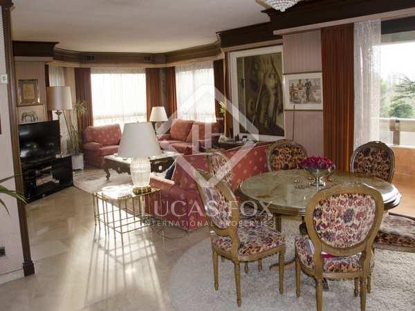 Appartement van 238m² te koop in El Pla del Real, Valencia