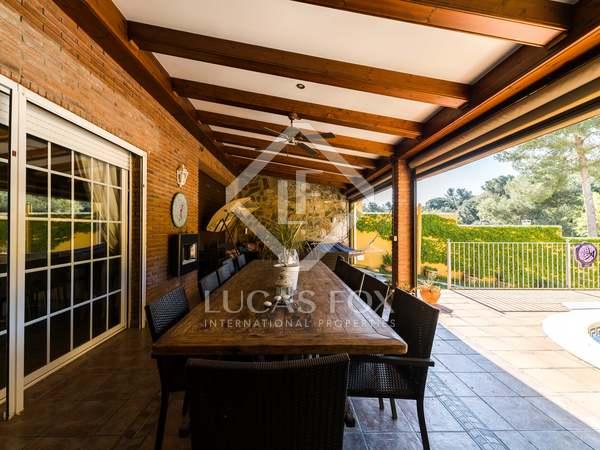 480m² House / Villa with 372m² garden for sale in Montemar