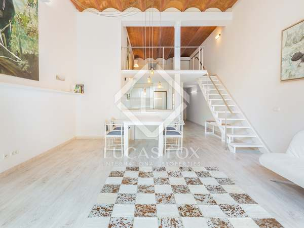 70m² duplex apartment for sale in Eixample, Barcelona