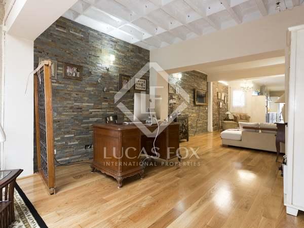 Loft de 120 m² en alquiler en Tres Torres, Barcelona