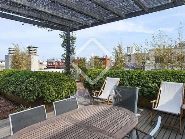 Penthouse with 2 terraces to rent near Paseo de Gracia.