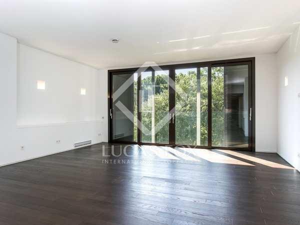 Apartamento de obra nueva de 2 dormitorios en alquiler en Barcelona