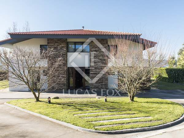 403 m² house for sale in Pontevedra, Galicia