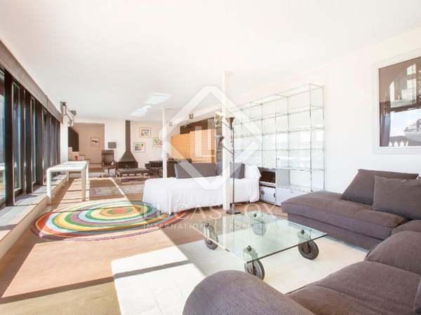 Ático de 280 m² con terraza, en venta en Justicia