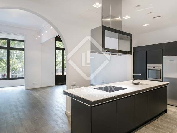 Apartamento de 170m² en alquiler en el Eixample Izquierdo