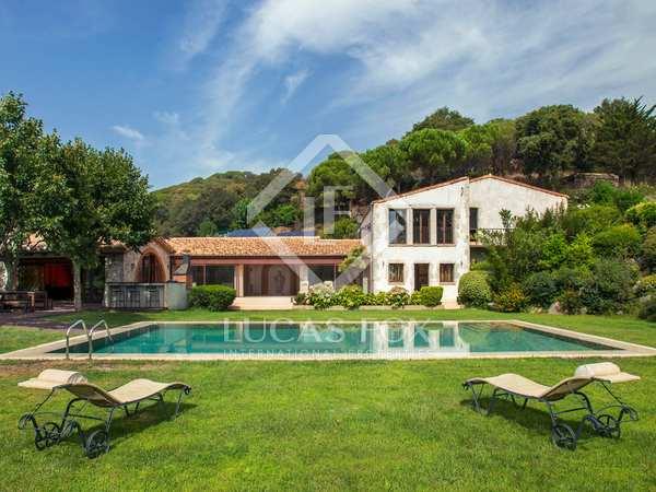 Landhuis van 2,274m² te koop in Sant Andreu de Llavaneres