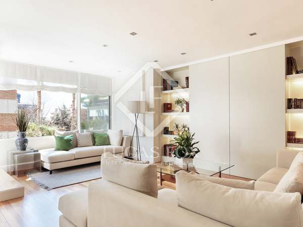 Piso de 170m² con 25m² de terraza en venta en Les Tres Torres