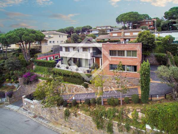 496 m² house for sale in Cabrils, Maresme